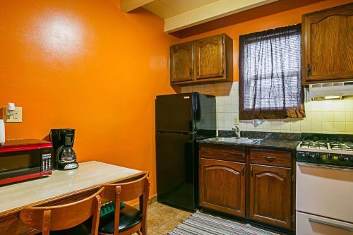 Bay Side Inn & Suites, Harford