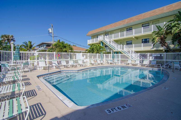 Tuckaway Shores Resort, Brevard