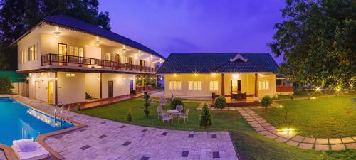 Cyrus Resort by Tolins Hotels & Resorts, Alappuzha