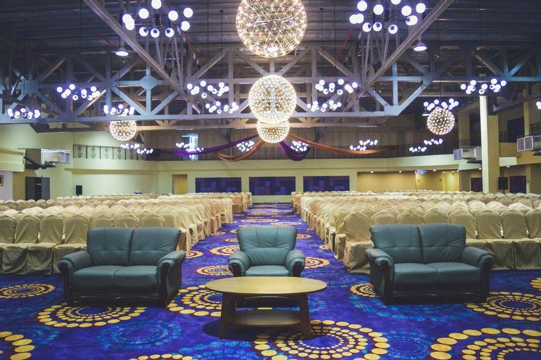 Aman Hills Hotel, Berakas B