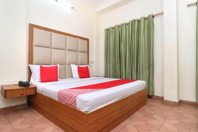OYO 22255 Abhi International, Pathankot