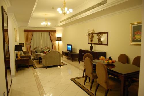 Al Manar Hotel Apartments,
