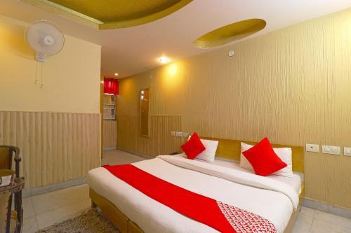 OYO 834 Shree Balaji Hotel, Faridabad