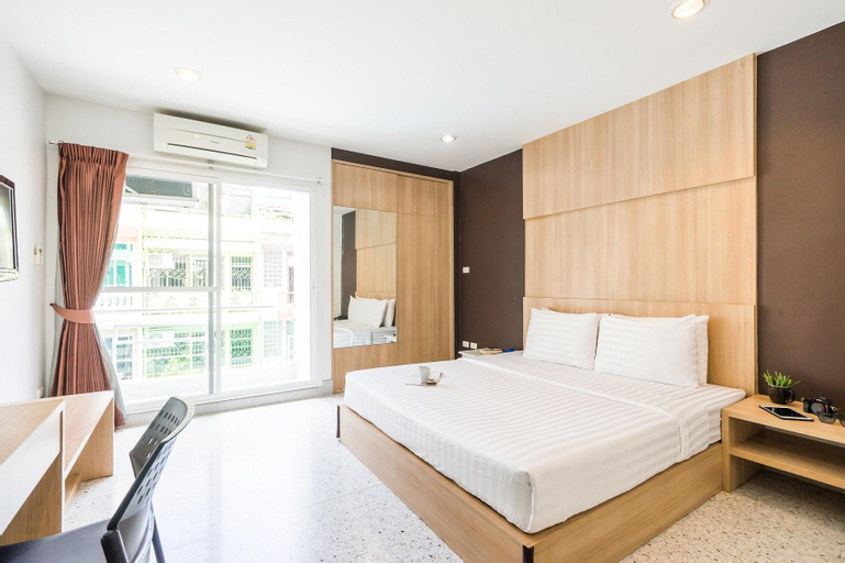 The Fifth Residence Hotel, Pathum Wan