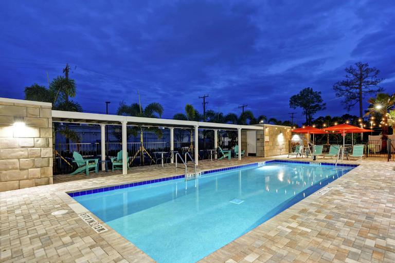 Home2 Suites by Hilton Daytona Beach Speedway, FL, Volusia