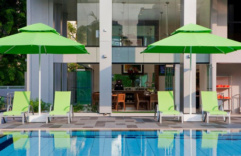 8 on Claymore Serviced Residences (SG Clean Certified), Orchard