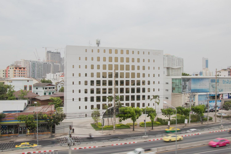 Justice Hotel, Chatuchak