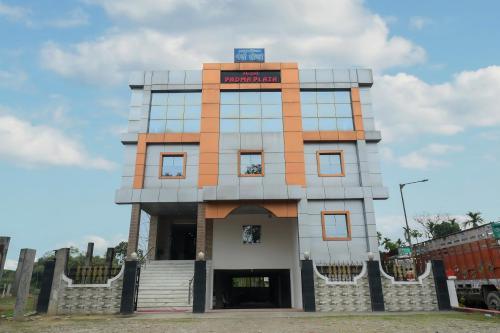 OYO 30521 Hotel Padma Plaza, Dhemaji