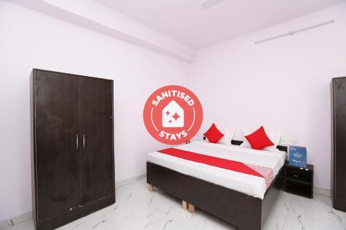 OYO 33409 Golden Guset House, Faridabad