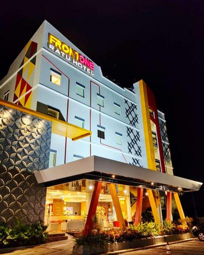 Front One Hotel Nganjuk, Nganjuk
