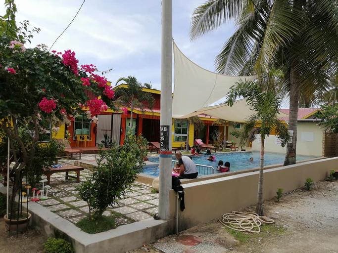 Villa Bisikan Bayu, Pasir Putih