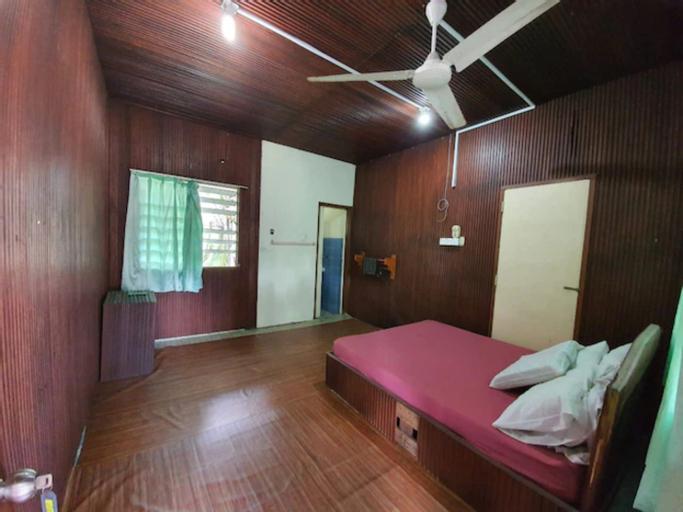 OYO 90278 Redzwan's Beach Resort, Bachok