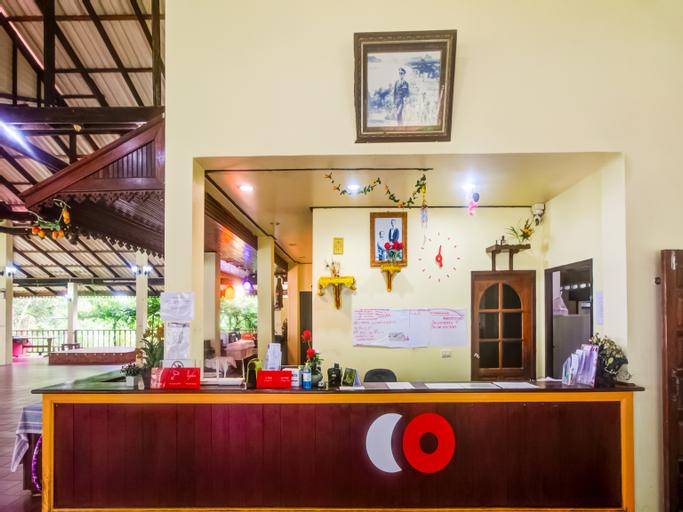 CAPITAL O 1142 Laemkum Beach Resort, Thap Sakae