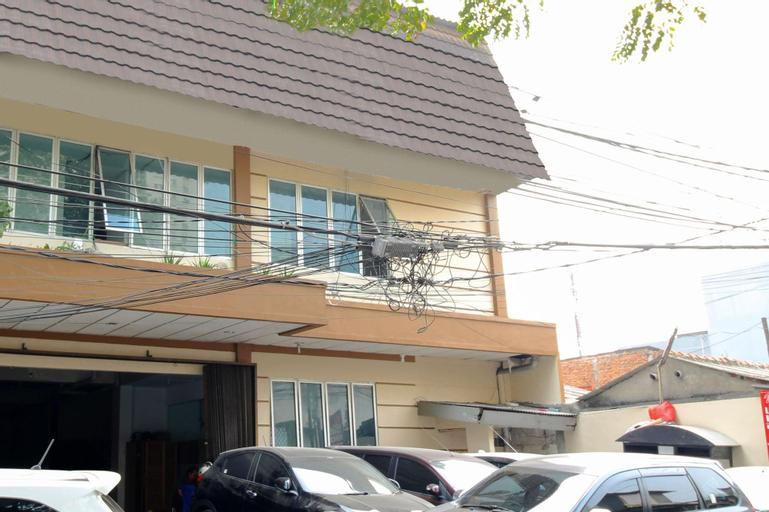 Kamar Keluarga Tanjung Duren Ii, West Jakarta