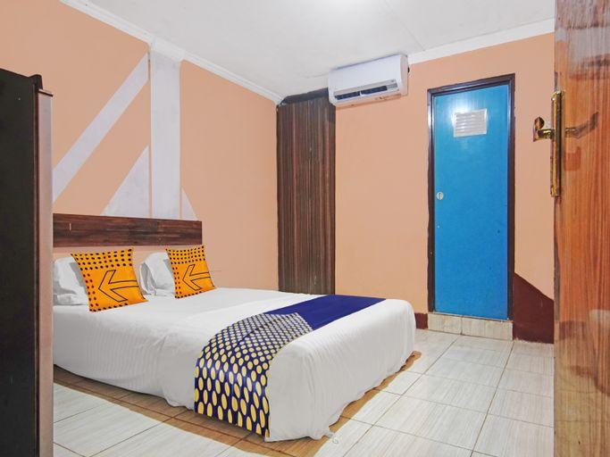 SPOT ON 90437 Salome Guesthouse, Central Jakarta