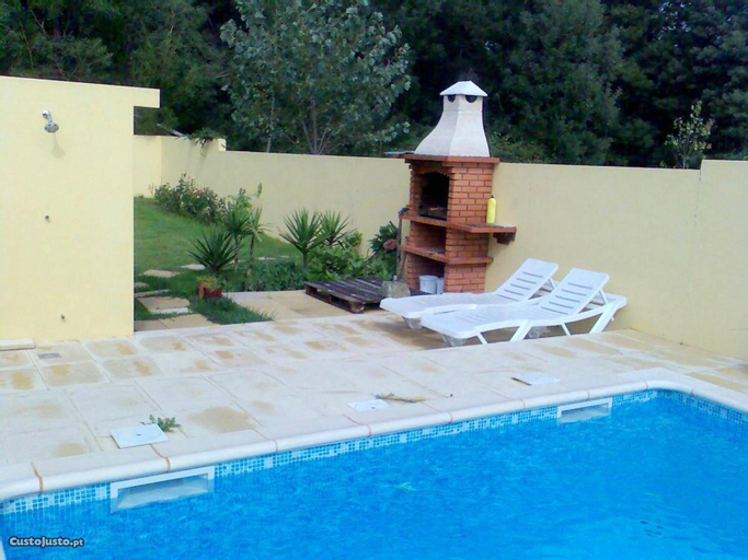 Villa With 3 Bedrooms in Moledo, With Wonderful Mountain View, Private Pool, Furnished Garden, Caminha