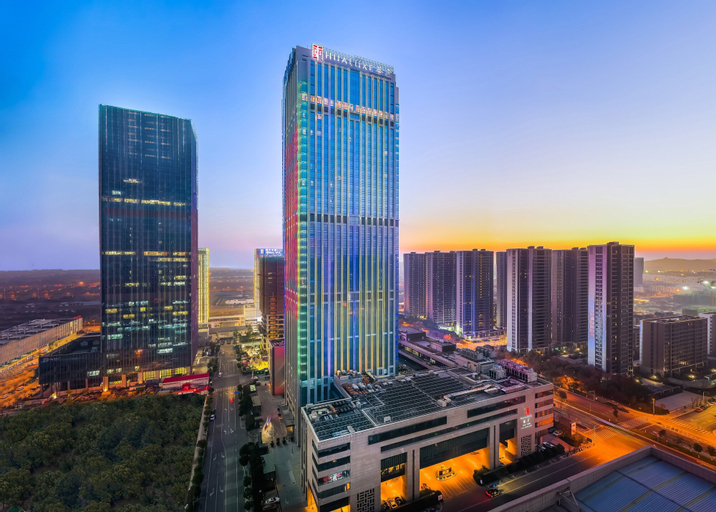 HUALUXE Wuxi Taihu, an IHG Hotel, Wuxi