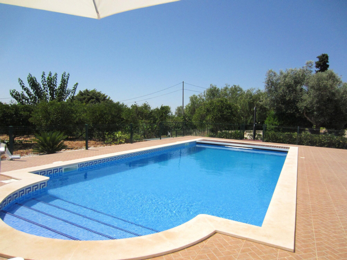 Villa With 4 Bedrooms in Silves, With Wonderful Mountain View, Private Pool, Enclosed Garden - 10 km From the Beach, Silves