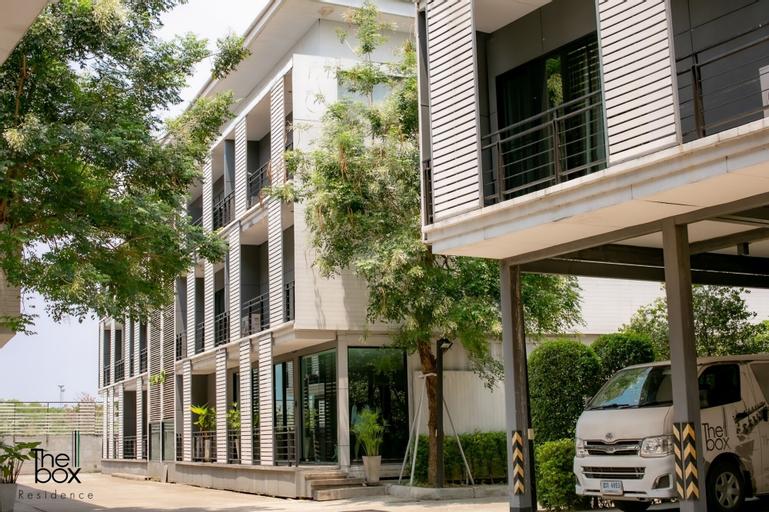 The Box Residence, Phuttha Mon Thon