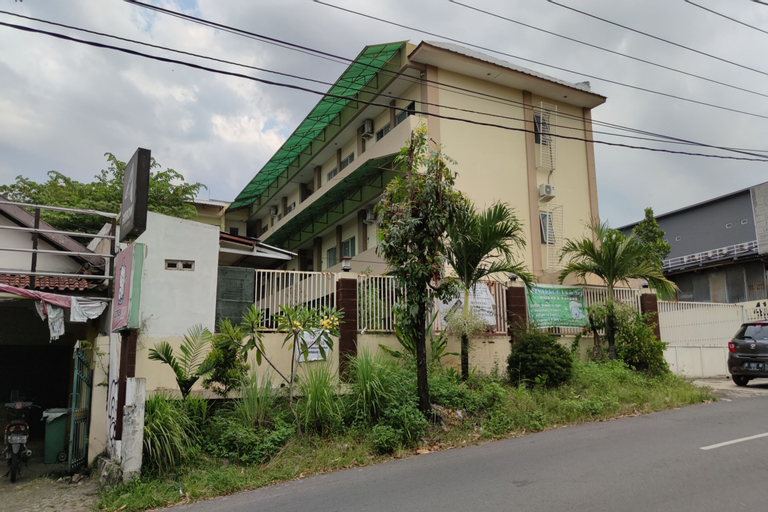 OYO 90444 D'hebron, Semarang