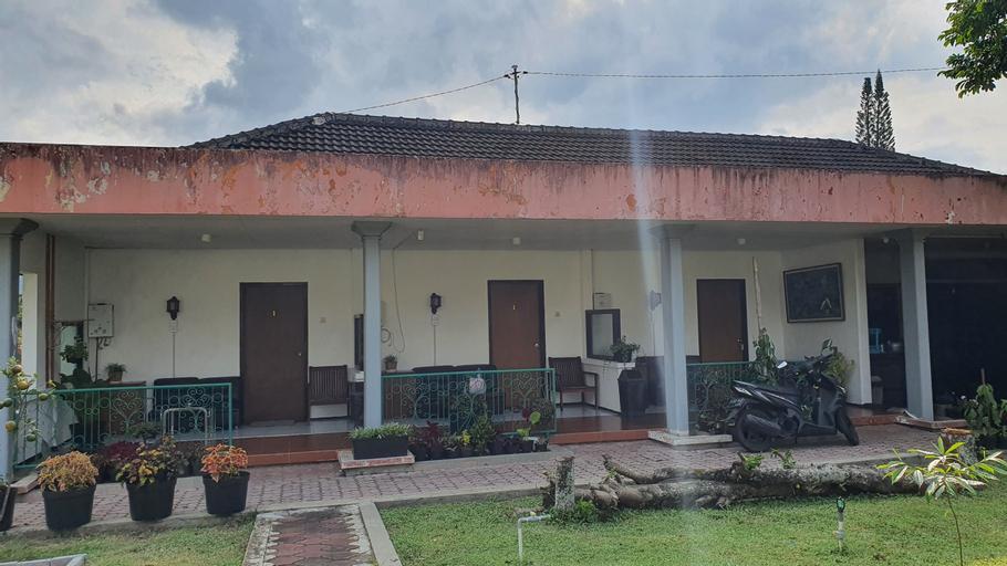 OYO 90481 Vanda Guest House Batu, Malang