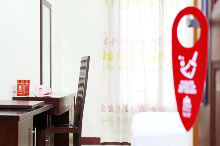 Candiland Apartment by DillanSMG, Semarang