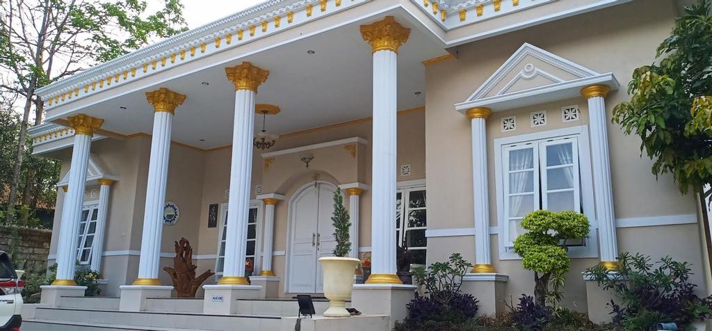 Villa Graha Wisesa 3, Kuningan