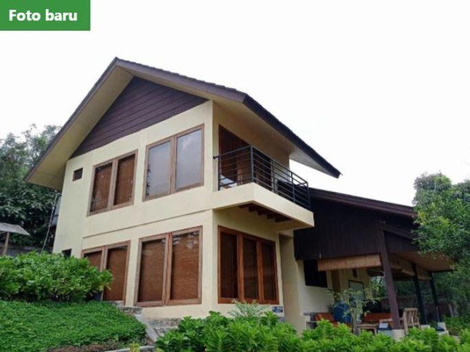 Fresh mountain view Hortensia villa Puncak, Bogor