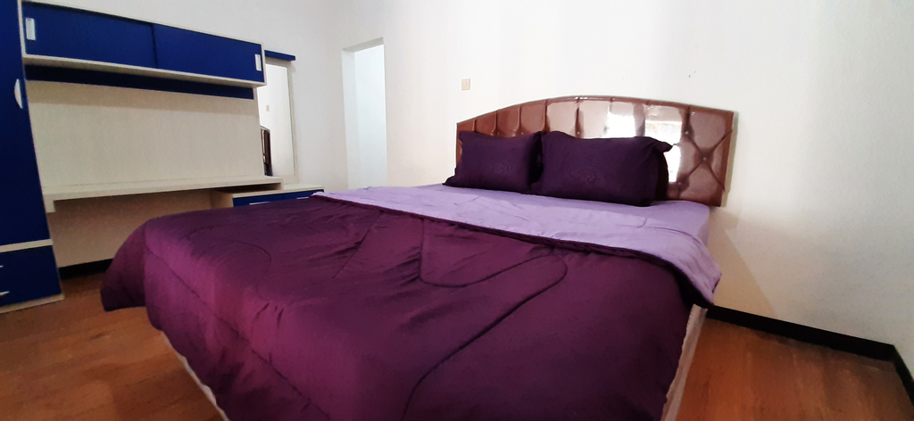 OYO 90486 Gb Guest House, Malang