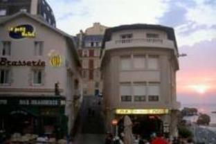 Le Petit Hotel, Pyrénées-Atlantiques