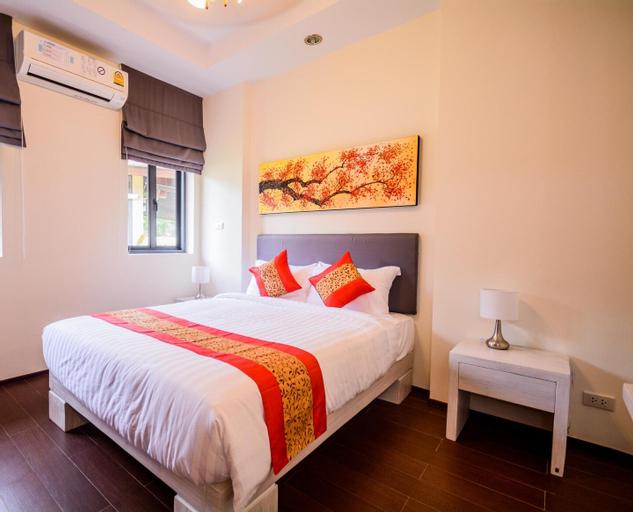 Stylish new 2 bedroom beachside pool villa, Nua Khlong