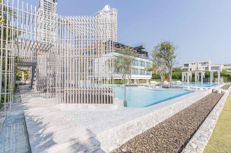 Beautiful Sea View 30 Floor Veranda Residence 2BR, Sattahip