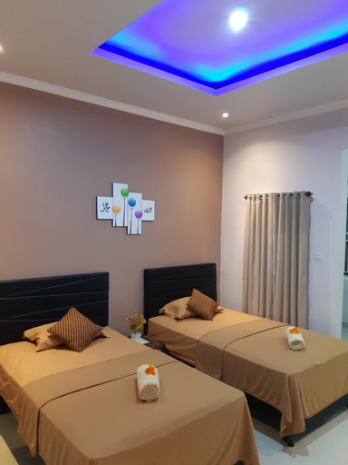 bis homestay ( deluxe twin bed), Sumbawa