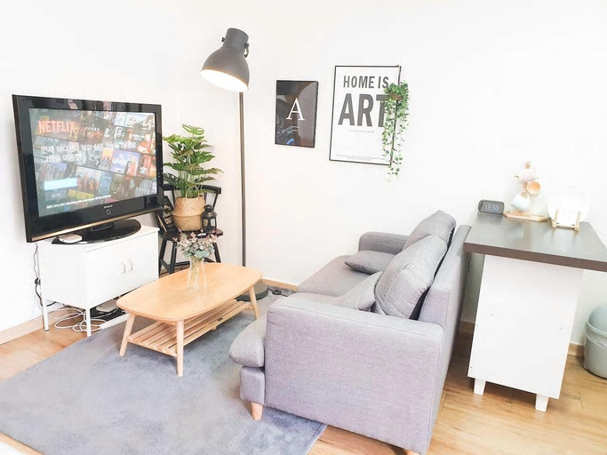 Private room ,Seoul Station TV&Clean House Wifi, Jung