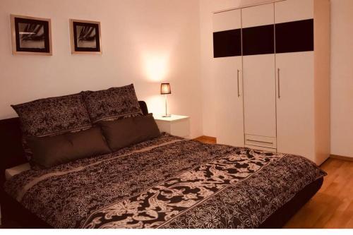Große Wohnung in Krefeld Koochi-Gasteappartement 73 Quadratmeter, Krefeld