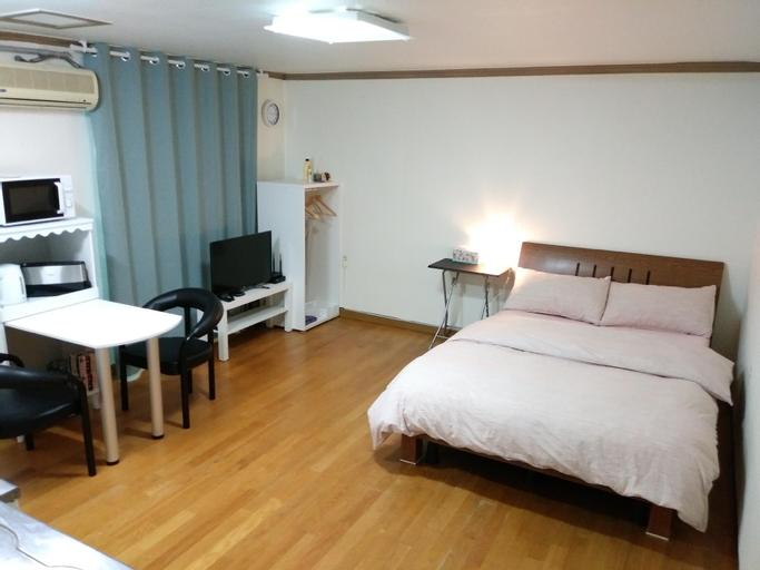 Cozy room - Single/Couple Haebangchon art village, Jung