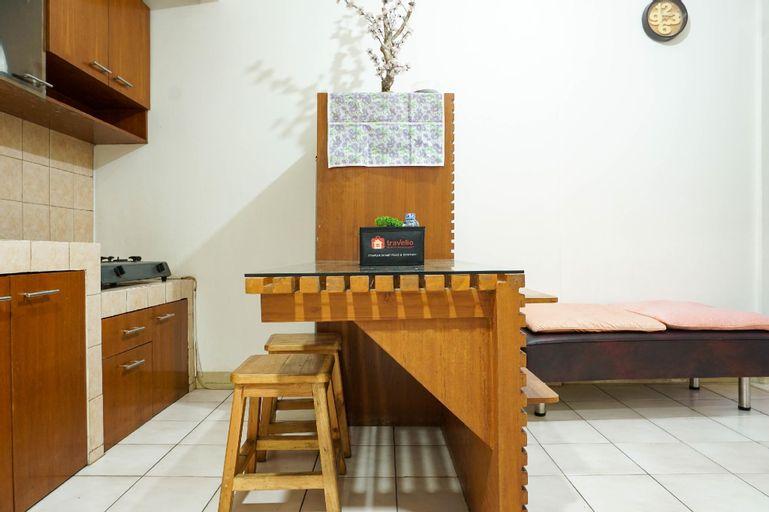 Homey 2BR Mediterania Palace Apartment By Travelio, Jakarta Pusat