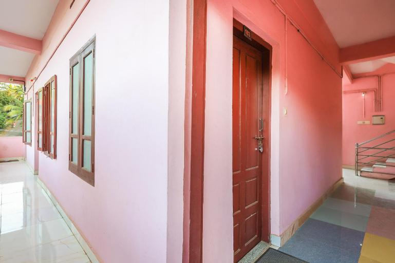 SPOT ON 65914 Kurakar Center, Kollam