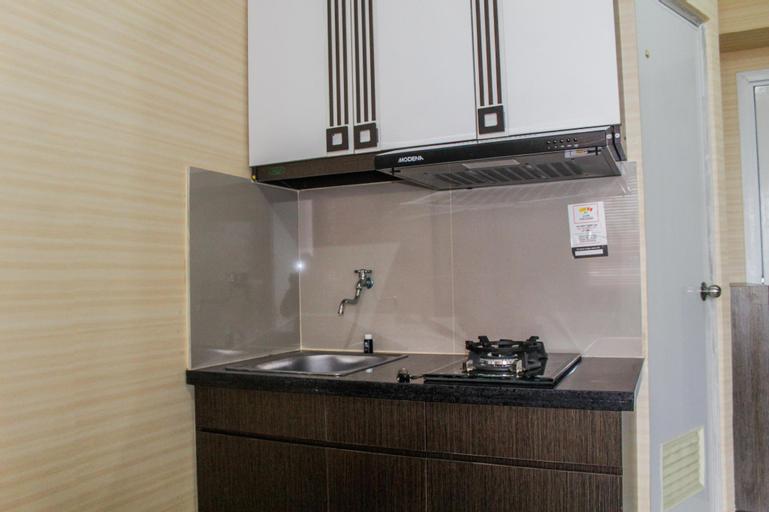 Minimalist 2BR Green Pramuka Apartment By Travelio, Central Jakarta
