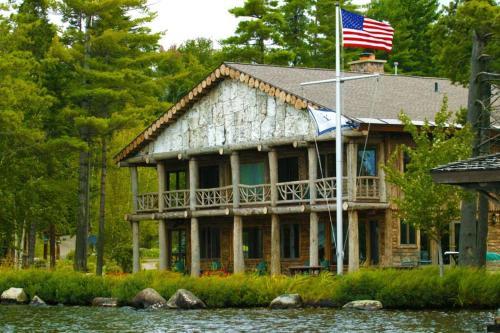 Parthenon - Adirondack Lake side home - Upper Saint Regis Lake, Franklin