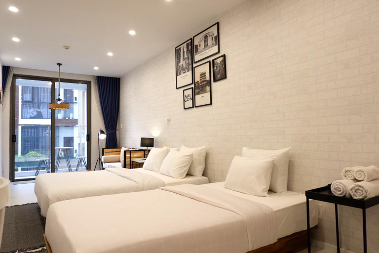 2-Bed Studio near SGN Airport with Free Gym & Pool, Phú Nhuận