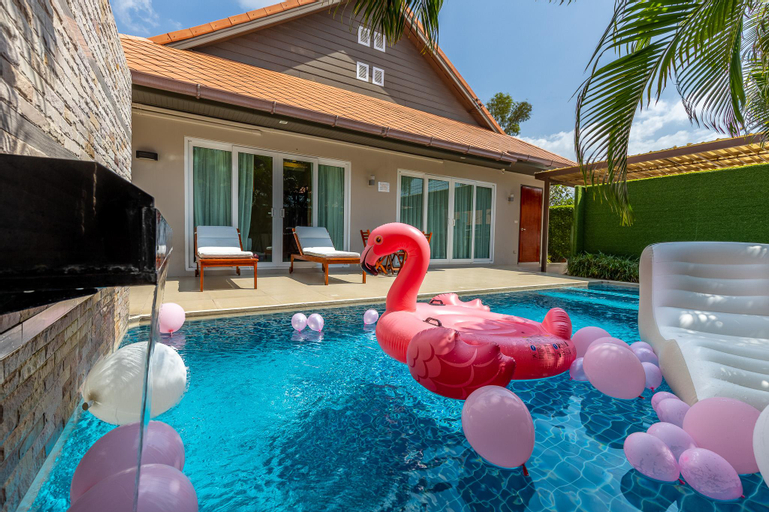 Private Pool Villa 3 BR in the Heart of Jomtien, Bang Lamung