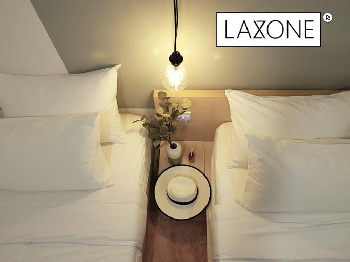 Laxzone Suite S3 @ Sutera Avenue / Kota Kinabalu, Kota Kinabalu