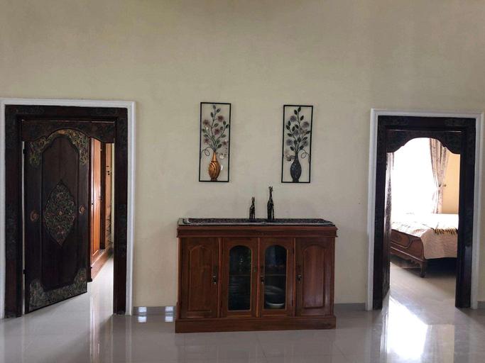Villa Bejo Sharia BATU, Malang