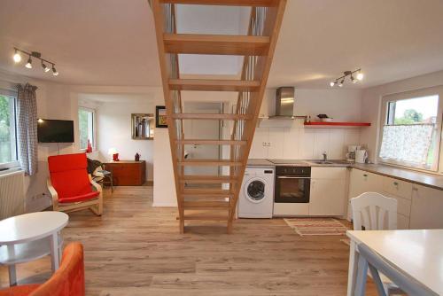 Maisonette-Wohnung mit großer Terrasse - 11a, Karlsruhe