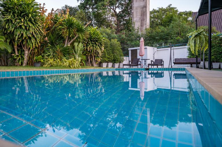 27#Jomtien beach 150M,Luxury modern villas, Pattaya