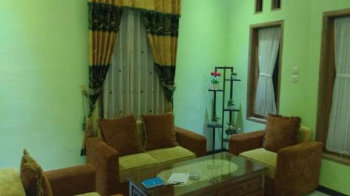 GS Homestay Family, Malang