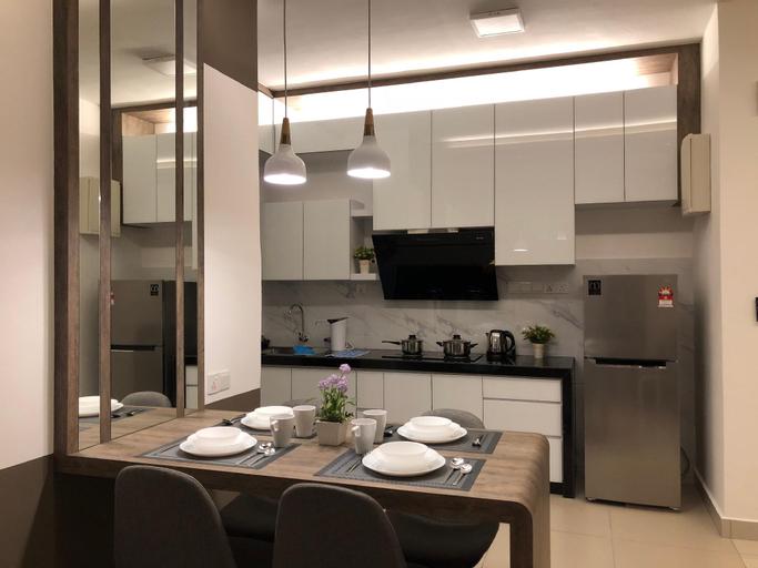 Melissa luxury homestay 4 Adults@ Woodsbury Suites, Seberang Perai Utara