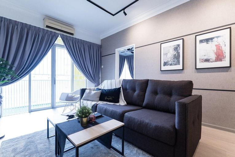 NEW! Artistic 4Rooms Suites (14 pax), Kuala Lumpur