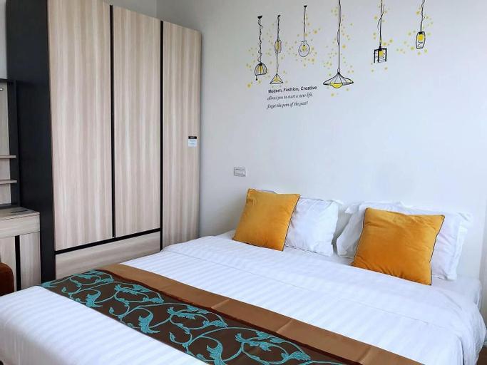 63 one bedroom  nearby train night market/ RCA, Wattana